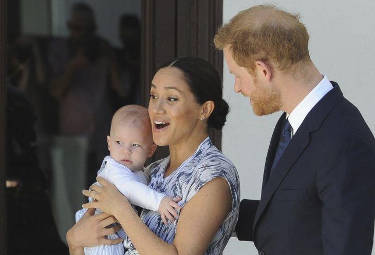 CUKI: Megtörtént Harry herceg és Meghan Markle kisfiának első nyilvános megszólalása (VIDEÓ)