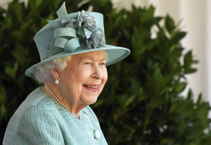 Korlátozásoktól mentes születésnapi ünnepséget szeretne II. Erzsébet királynő