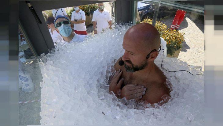 Több mint két és fél órát töltött jégbe zárva egy osztrák extrémsportoló (VIDEÓ)