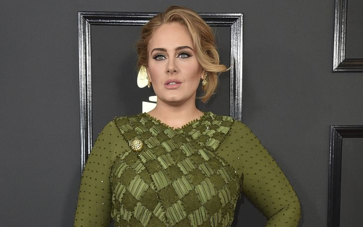 Adele-ből igazi dívát varázsoltak - nagyon szexi a Vogue magazin címlapján (FOTÓ)