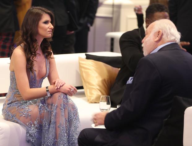Andy Vajna felesége helyett egy másik nővel jelent meg a Story Gálán