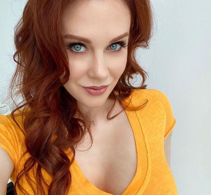 A vörös pornószínésznő évakosztümben pózolt (FOTÓ)
