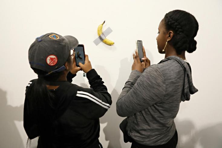 BOTRÁNY: Megette a kiállítás méregdrága banánját egy látogató