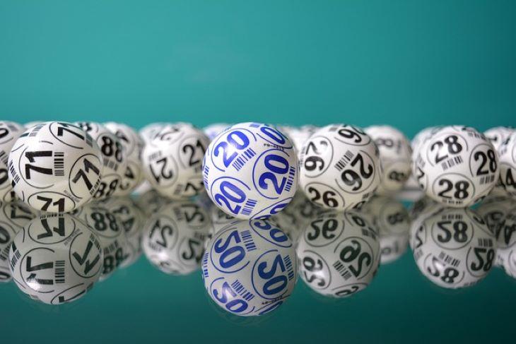 Vizsgálatot indított a lottószámok páratlan sorozata miatt a lottóbizottság