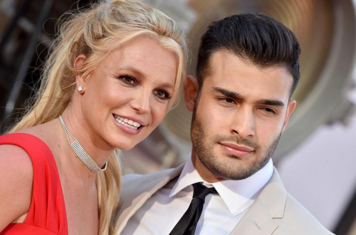 Rendőrök vitték el Britney Spears szerelmét