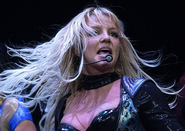 Britney Spears ideggyógyintézetben van