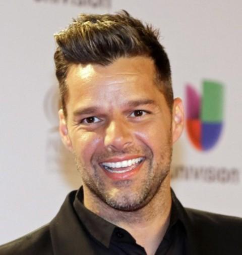 Gyerekkereskedők ellen emelte fel a szavát Ricky Martin