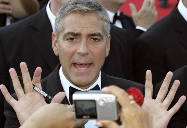 George Clooney-t sokkolta Brad Pitték válásának híre