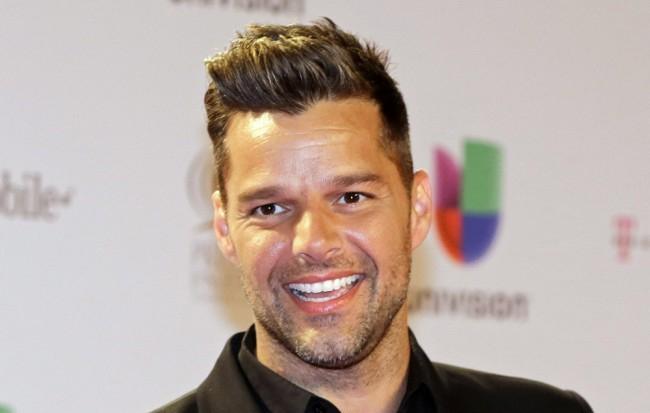 Megházasodott Ricky Martin