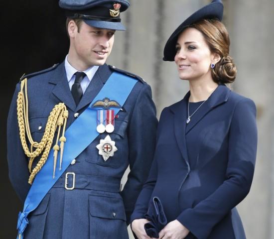Bíróság elé kell állniuk, mert félmeztelenül fotózták Katalin hercegnőt