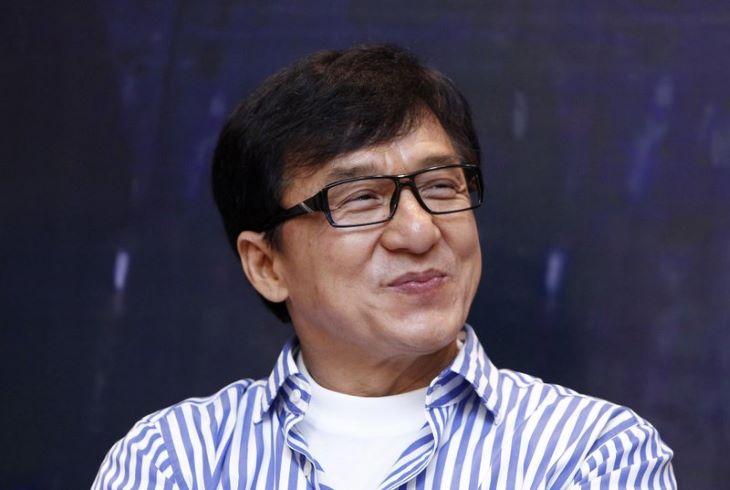 Elárverezik Jackie Chan apartmanját