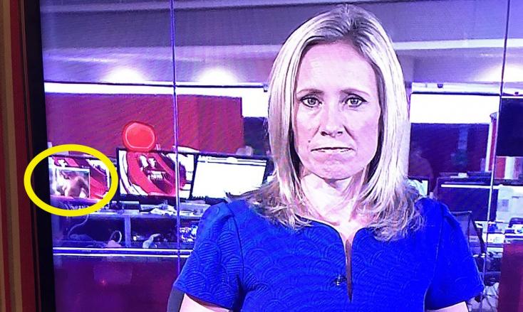 Véletlenül fedetlen cicik kerültek a BBC híradójába