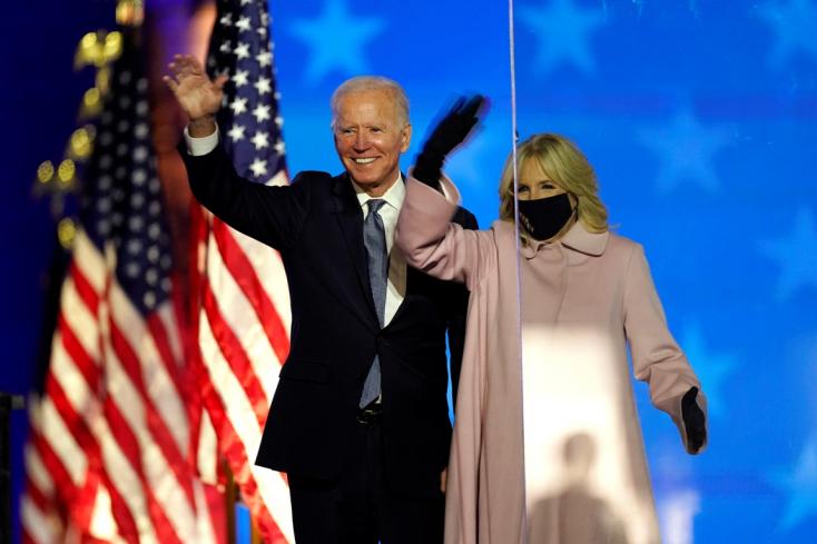 A Balatonnál volt nászúton Biden és felesége 1977-ben