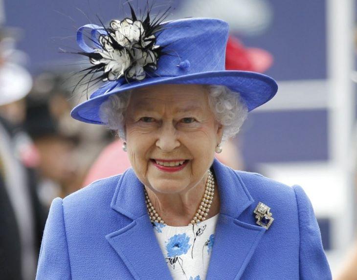 II. Erzsébet királynő elárulta kedvenc filmjének a címét (VIDEÓ)
