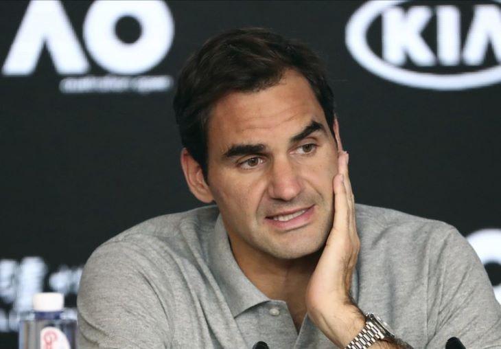 Kalapács alá kerülnek Federer személyes tárgyai
