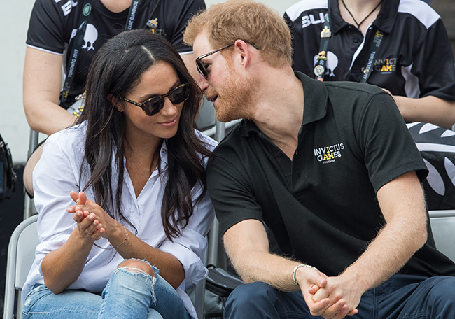 Harry herceg nem akar politikust látni az esküvőjén