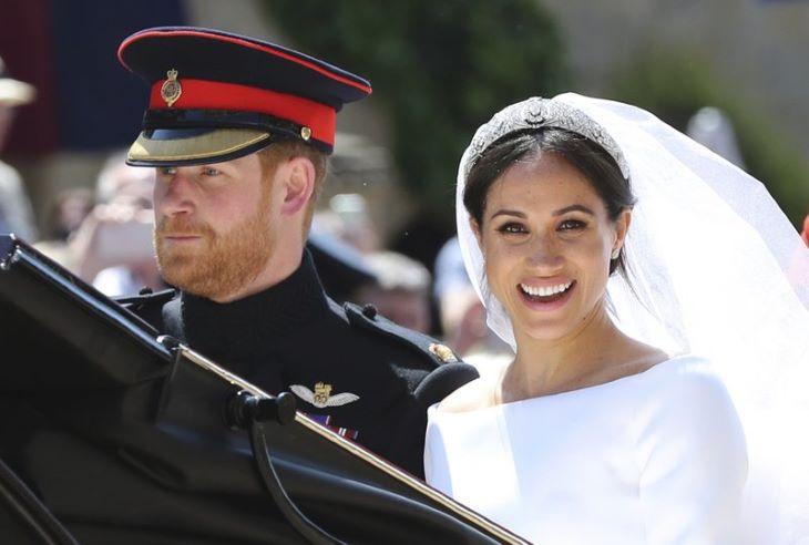 Meghan Markle nem mondott igazat - nem volt titkos esküvőjük Harry herceggel a templomi esküvő előtt