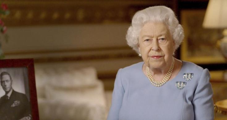 A karantén óta most először mutatkozott meg II. Erzsébet királynő (FOTÓK)