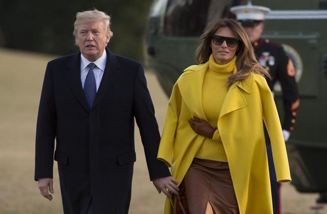 Melania Trump ezúttal sem volt hajlandó megfogni férje kezét (VIDEÓ)