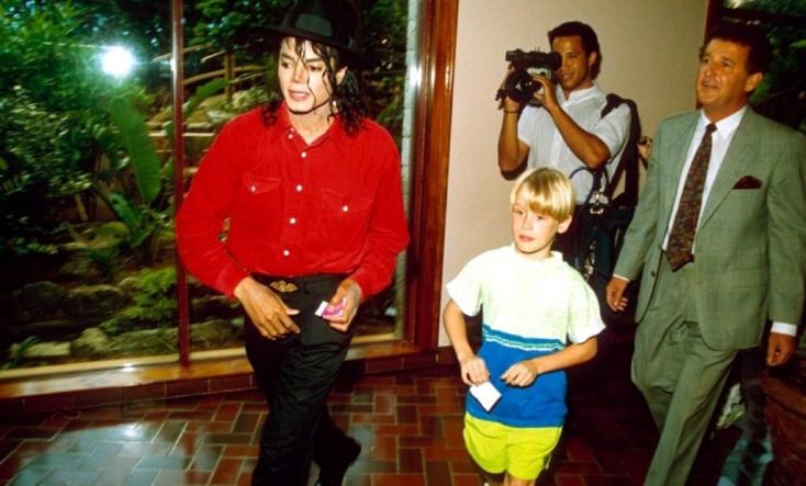 Macaulay Culkinelárulta, molesztálta-e őt gyerekkorában Michael Jackson