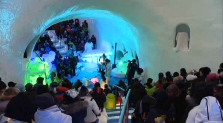 Jégzenei fesztivált rendeznek Észak-Olaszország egyik gleccserén