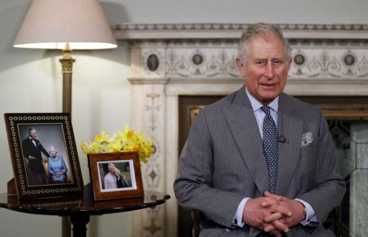 Károly herceg jól van, kikerült a karanténból