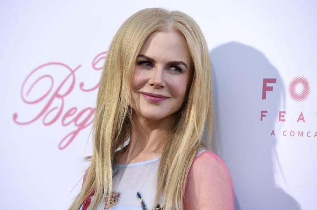 Az 50 éves Nicole Kidman igazán vonzó - meg is mutatta a melleit (FOTÓ)