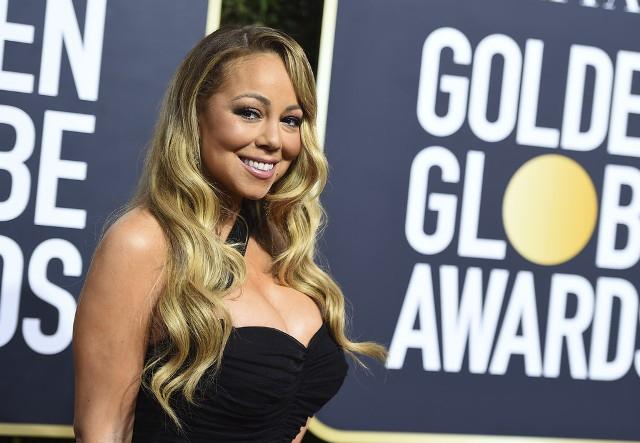 Mariah Carey nagyon nehezen tudta kordában tartani a melleit