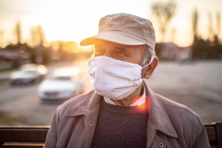 Kigyógyult a koronavírusból egy 101 éves bácsi