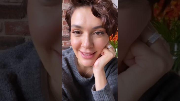 Bővül a szépséges török színésznő családja - a Seherezádé tévésorozat egykori sztárja harmadik gyermekével várandós