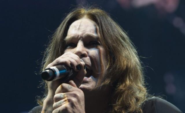 Kórházba kellett szállítani Ozzy Osbourne-t