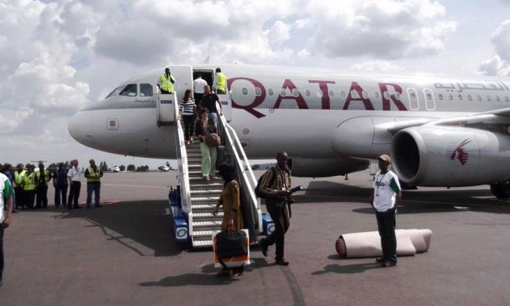 DURVA: Vaginális vizsgálatnak vetették alá tíz járatnői utasait a dohai reptéren egy elhagyott csecsemő miatt