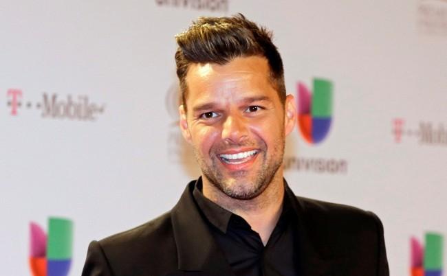 Ricky Martin megmutatta legkisebb gyermekét (FOTÓ)
