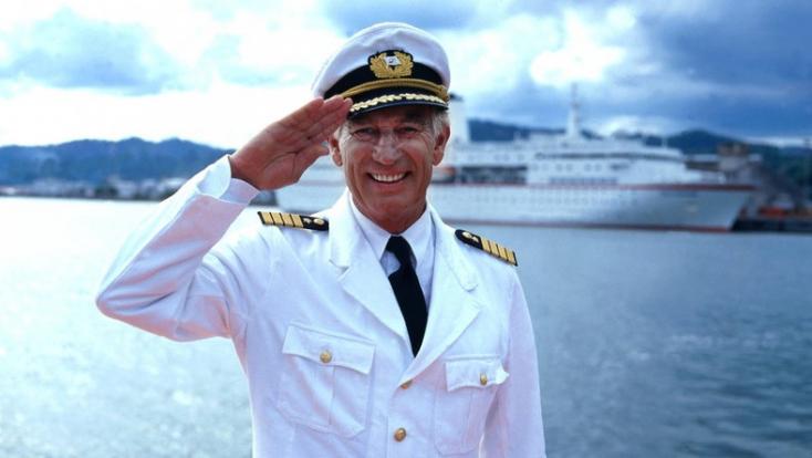 Leesett a lépcsőn és meghalt az Álomhajó kapitánya