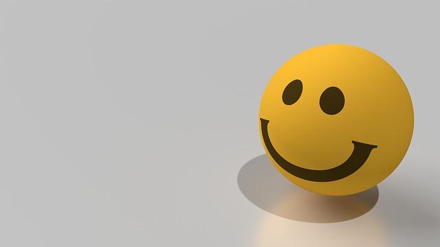 ÉSZMEGÁLL! Ebben az országban engedélyezték először az emojikat a rendszámtáblákon