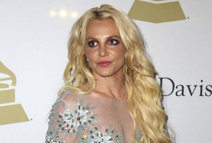 Britney Spears beolvasott az őt cserben hagyóknak