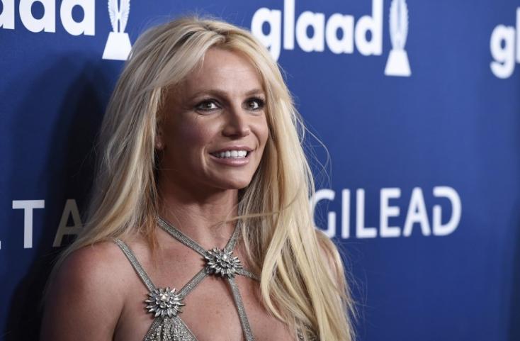 Britney Spears szétterpesztett lábakkal tért vissza az Instagramra (FOTÓ)