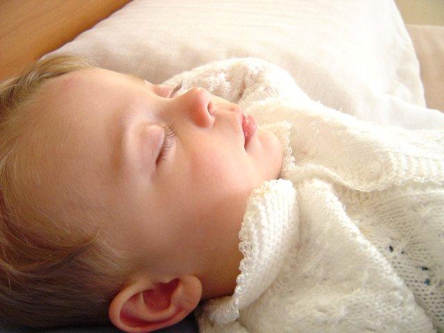 Kilenc óra után találtak meg egy törmelékkupac alá temetett öthónapos csecsemőt