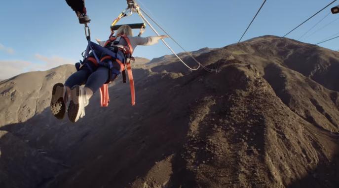 Ha szereted a nagyon veszélyes sportokat, akkor próbáld ki a katapult kötélugrást (VIDEÓ)