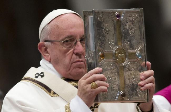 Tilos panaszkodni Ferenc pápánál