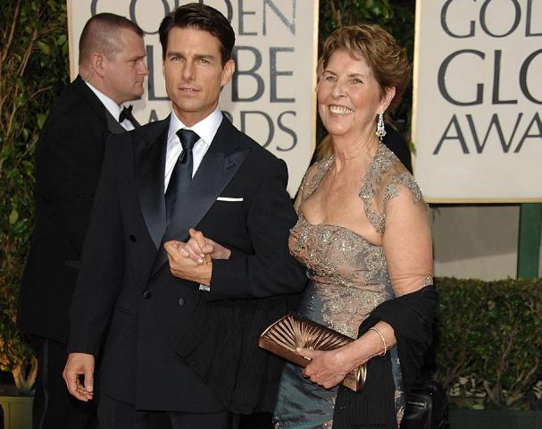 Gyászol Tom Cruise