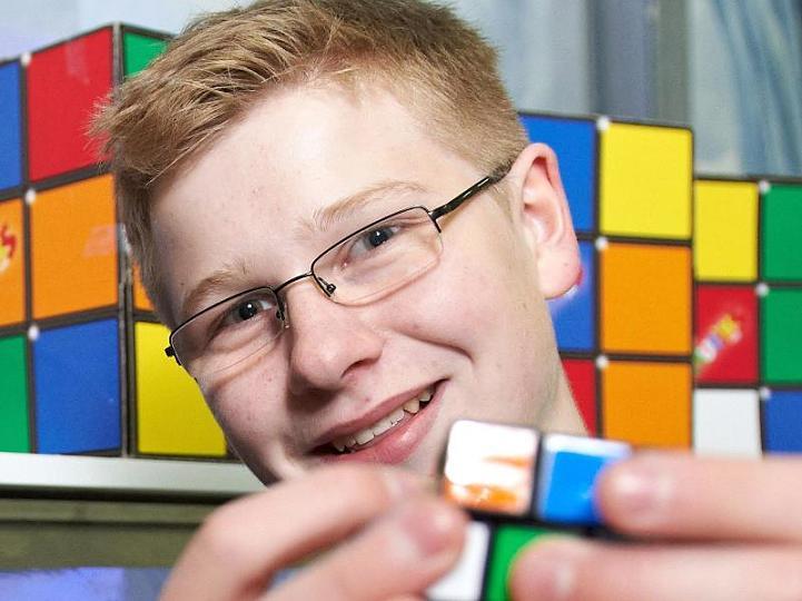 Német versenyző nyerte meg a Rubik-kocka Európa-bajnokságot
