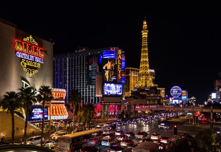 Vegasban dévajkodik Robert Kaliňák!