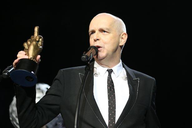Megtámadták a Pet Shop Boys egyik tagját