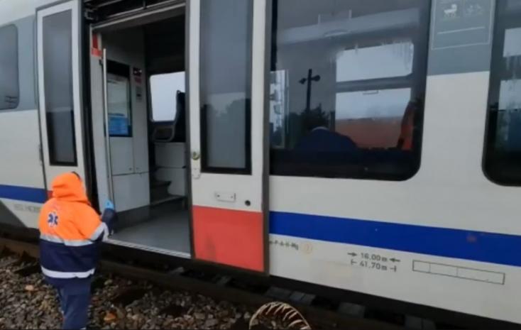 Kitört a pánik a vonaton, miután bejelentették, hogy nem működik a fék
